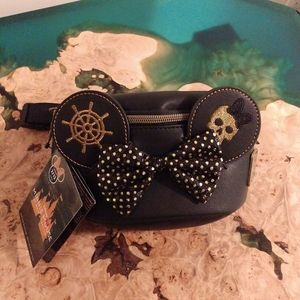 Disney loungefly Minnie mouse pirates hip pack